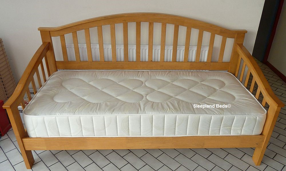 Wood Daybeds