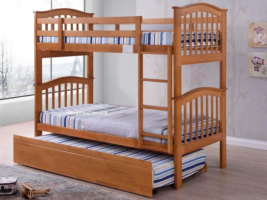 Wooden Bunk Beds And Trundle Madrid Maple Bunks With Guest Trundle